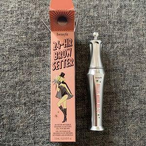Benefit 24hr brow setter